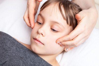 Osteopathie Behandlung beim Kind